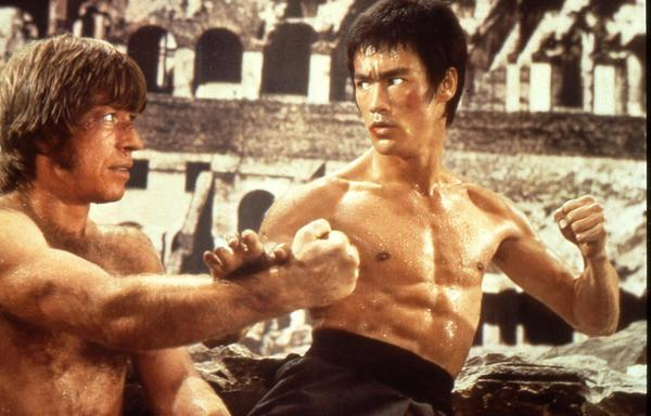 Bruce Lee vs. Chuck Norris. Who Wins?